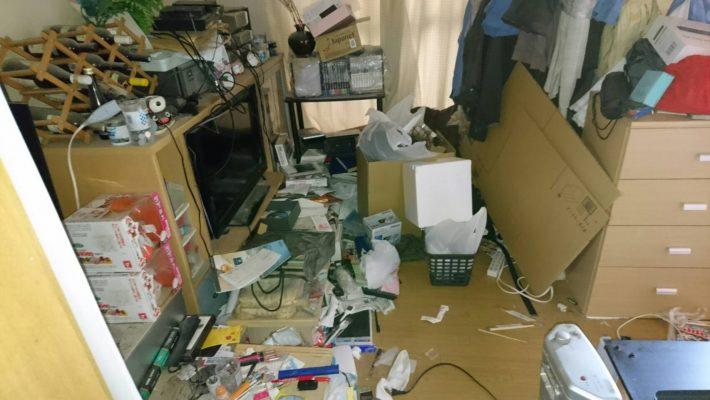 粗大ゴミ片付け_岡山市北区日応寺_片付ける前の子供部屋