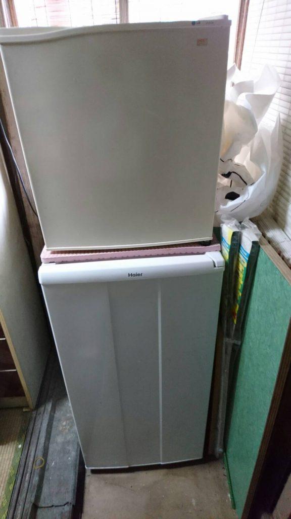 岡山市北区平田の粗大ゴミ片付け_勝手口の冷蔵庫