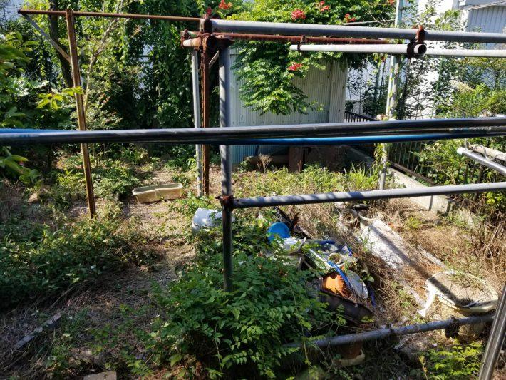 粗大ゴミ片付け_岡山市北区石関町_作業前の畑